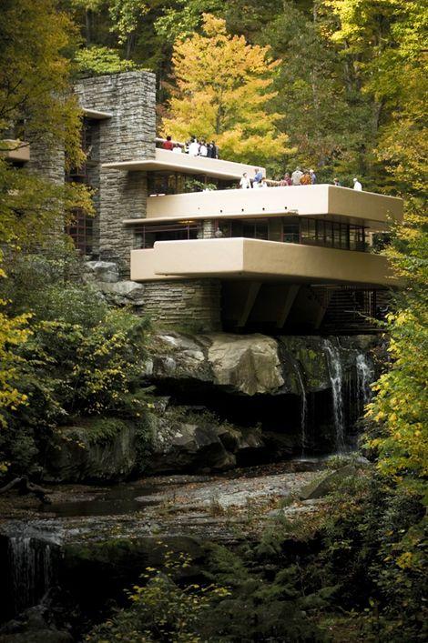 "Frank Lloyd Wrights ""Fallingwater"", Familjen Kaufmanns sommarhus i Pennsylvania"