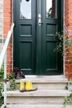 Ytterdörr med dörrhandtag Posthorn