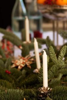 Bordsdekoration med julgransljus