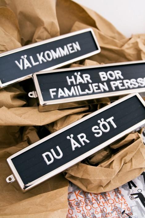 Namnskyltar med plastbokstäver