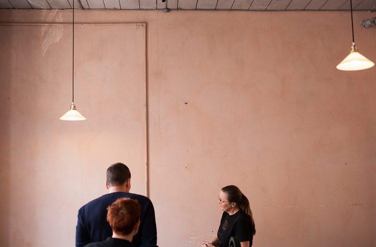 rosa vägg_sidenväveriet_byggfabriken