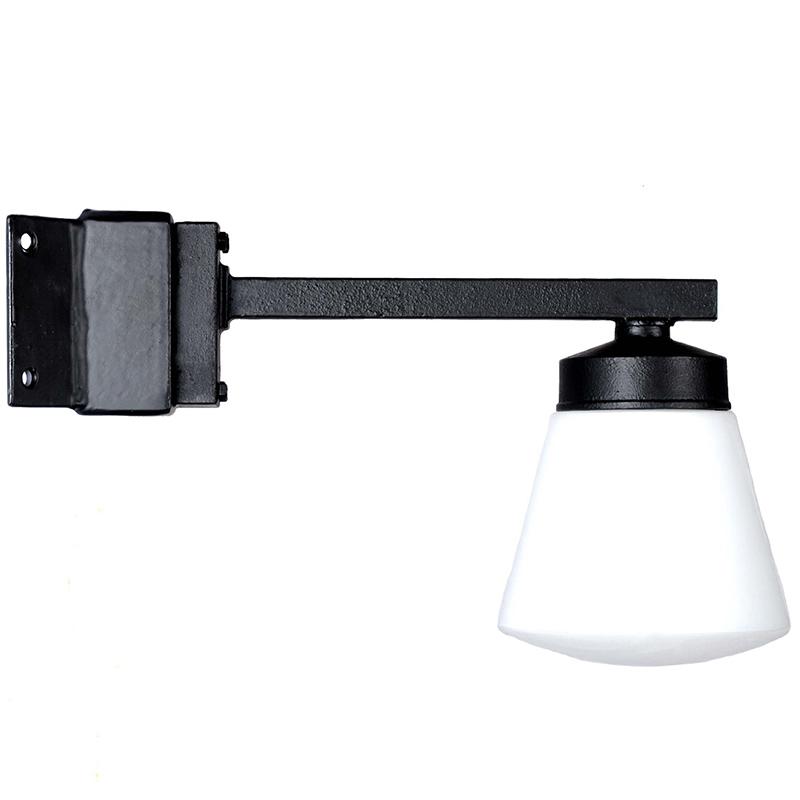 Lampa Funkis Kon Hörn från Byggfabriken