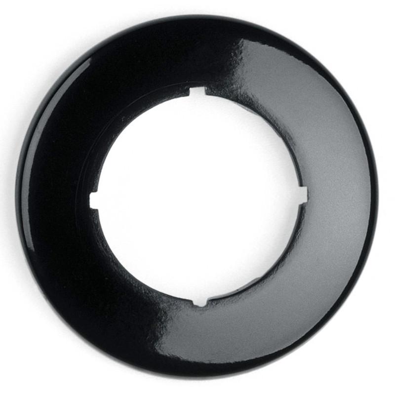Svart ring från Byggfabriken