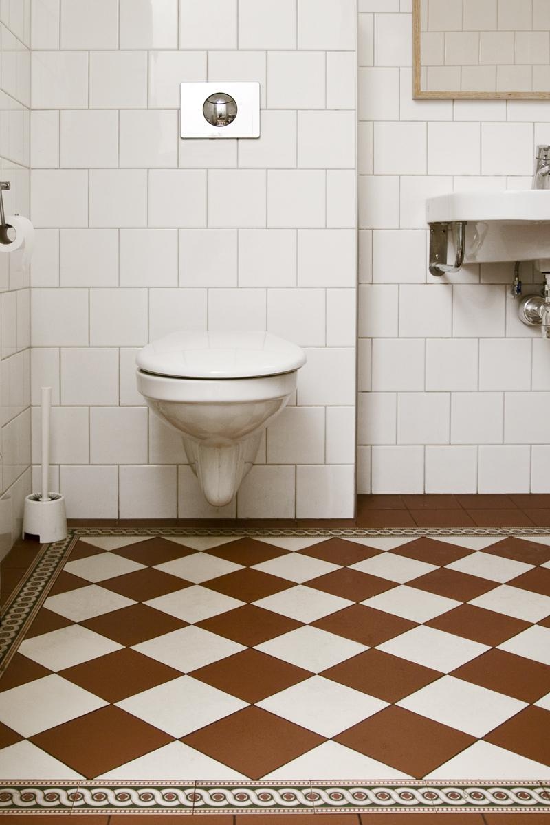 Bilder badrum med våtrumsmatta ~ xellen.com