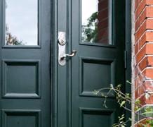 Dörrhandtag i originalstil -utan avkall på säkerheten