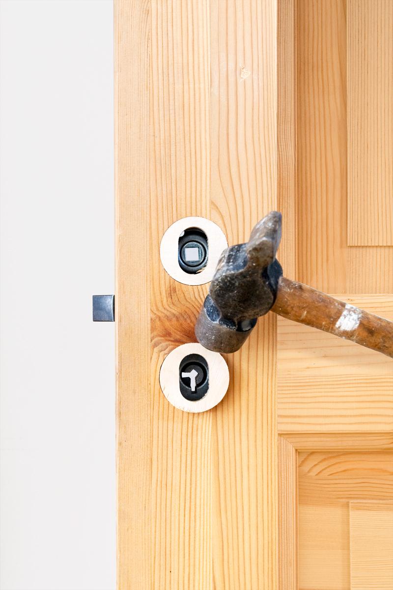 Ta bort dörrhandtag innerdörr u2013 Sjögareds Såg och byggmaterial